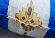シェニール織りトルコ製クッションカバーネイティブ/キリムデザイン (インディゴブルー&クリーム)2