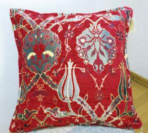 シェニール織りトルコ製クッションカバーイズニックラーレレッド1-2