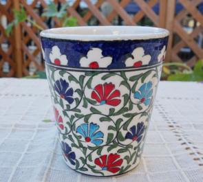 cup-34 (カーネーションのミックスカラー)手描きのトルコ・キュタフヤ陶器カップ34-1